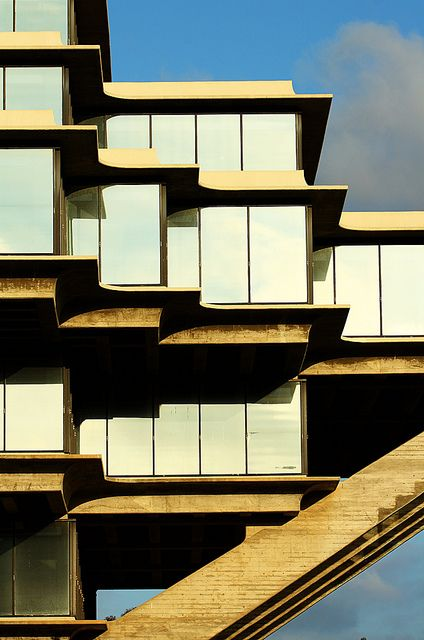 architecture: geisel library by JonathanCohen, via Flickr