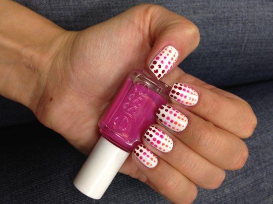Gradient Polka-Dot Manicure