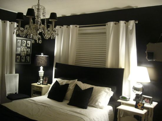 black and white bedroom; always wanted one.