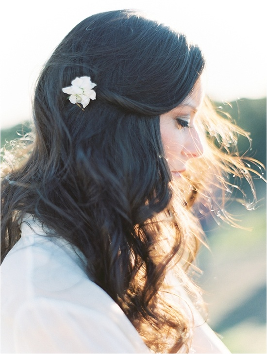 natural hairstyle for the bride