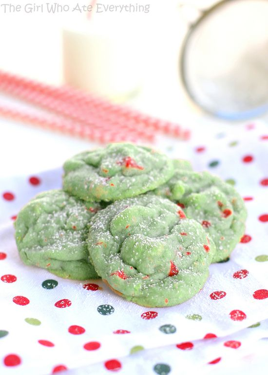 Love these Pistachio Cherry Meltaway Cookies by @Christy Polek Denney {The Girl Who Ate Everything} ...so festive! #Christmas #cookies