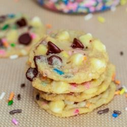 EASY Cake Batter Chocolate Chip Cookies!