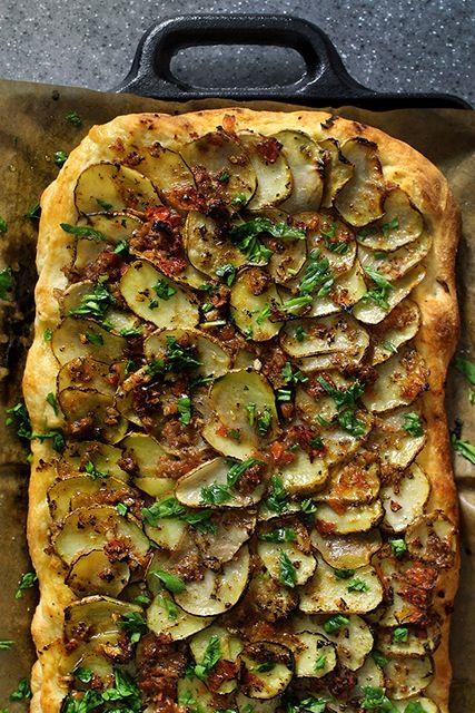 Scalloped Potato Pizza