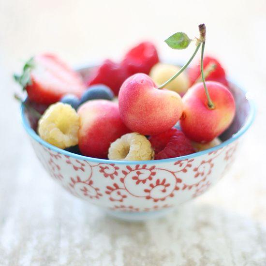 berries by Elena Kovyrzina, via Flickr