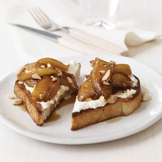 Toasts with Ricotta and Warm Balsamic-Caramel Apples // More Fabulous Fast Desserts: www.foodandwine.c... #foodandwine