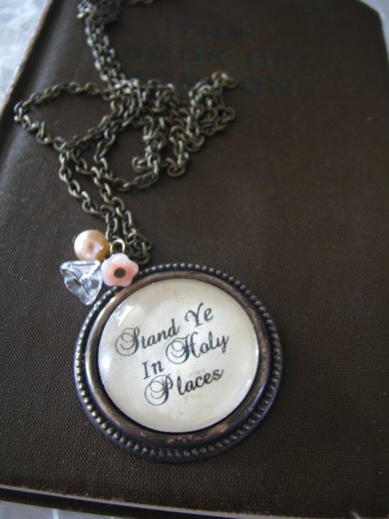 2013 Theme Necklace