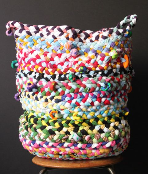 DIY Braided Basket. Made from old t-shirts.