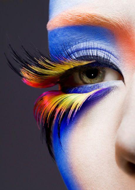 Eye Lashes (eye,colorful,eyelashes,makeup,amazing)