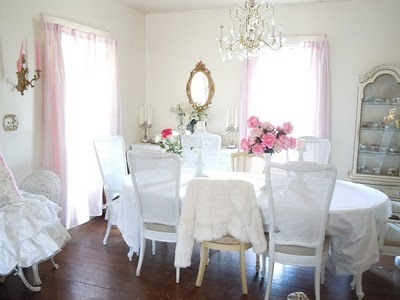 Oooh I love this shabby chic dining room too.