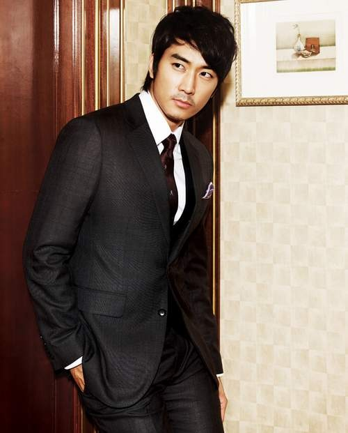 Well hello there Song Seung Heon ;)