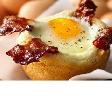 Bacon and Egg Savory Cupcakes Recipe - www.pindandy.com/...