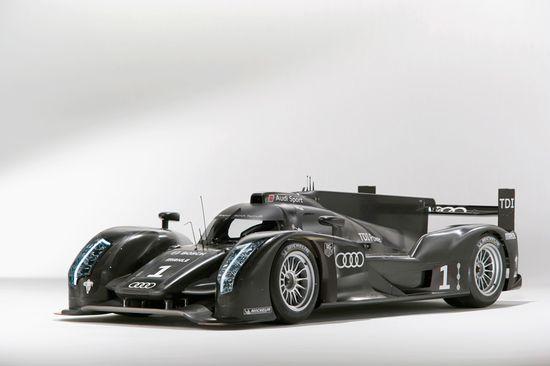 The new Bat-Mobile - Audi R18 Le Mans