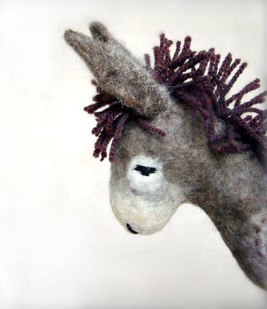 Vania  Felt Donkey. Art Animal Marionette von TwoSadDonkeys auf Etsy, $74.00