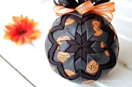 Beautiful Halloween cloth ornament craft kits.