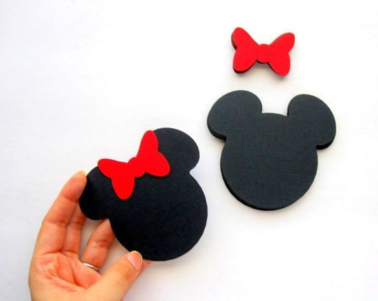 Minnie Mouse die cuts with red bows! perfect to create a cute Minnie party !!