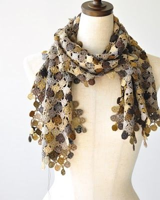 I love this #crochet scarf, it's beautiful!