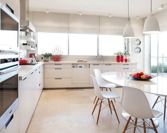 Perfect kitchen interior- white & metal  Chairs by Eames Chair    #house #interior #chair #kitchen