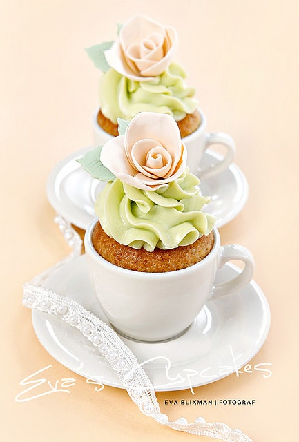 today we are serving shabby chic cupcakes in tea cups
