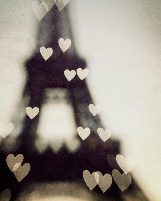 dreamy eiffel tower