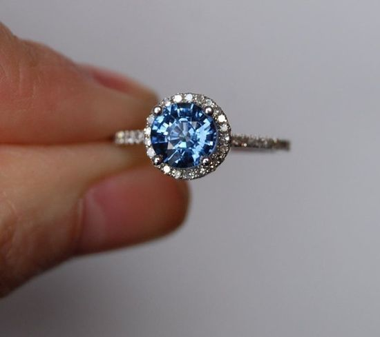 Round Blue Sapphire diamond ring!