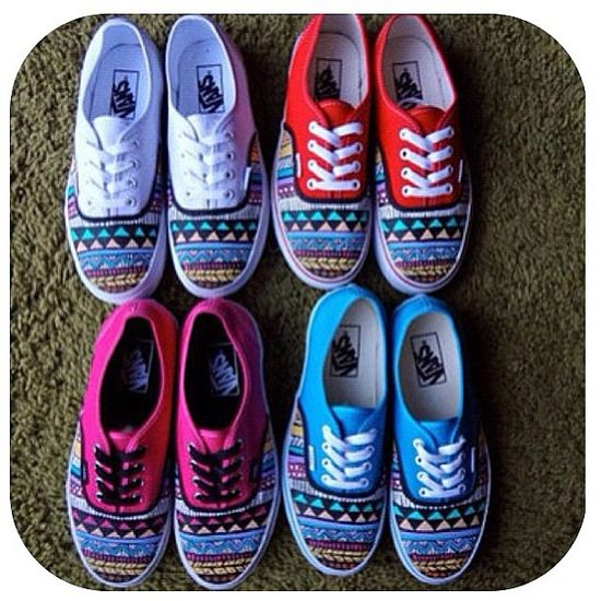 these are so cool! but it would be better if the whole shoe was patterned :)