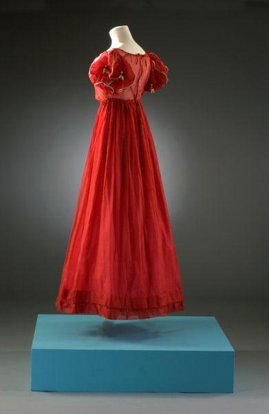 Dress    1818-1822