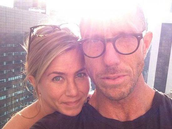 Celebrities without makeup: Jennifer Aniston