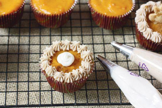 "Pumpkin ""Pie""Cakes"