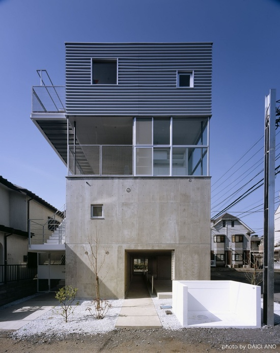 Kobuchi Apartment / Toru Kudo   architecture WORKSHOP