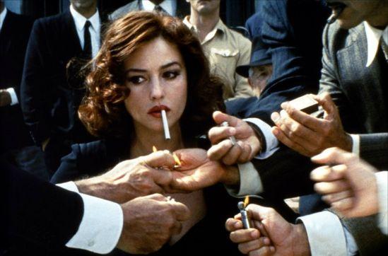 fregole.com #fregole #smoke #dontsmoke #bellucci #monica #monicabellucci #fashion #cigarette  #malena #movie #tim #walker #smoking