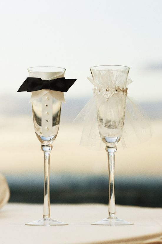 Cute Bride & Groom Champagne Glasses