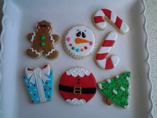 - Jolly Holly decorated cookies for Christmas :-)