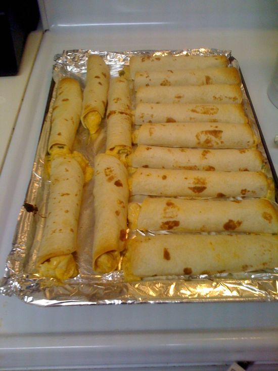Baked Creamy Chicken Taquitos ~ DElicious!! www.the-girl-who-...