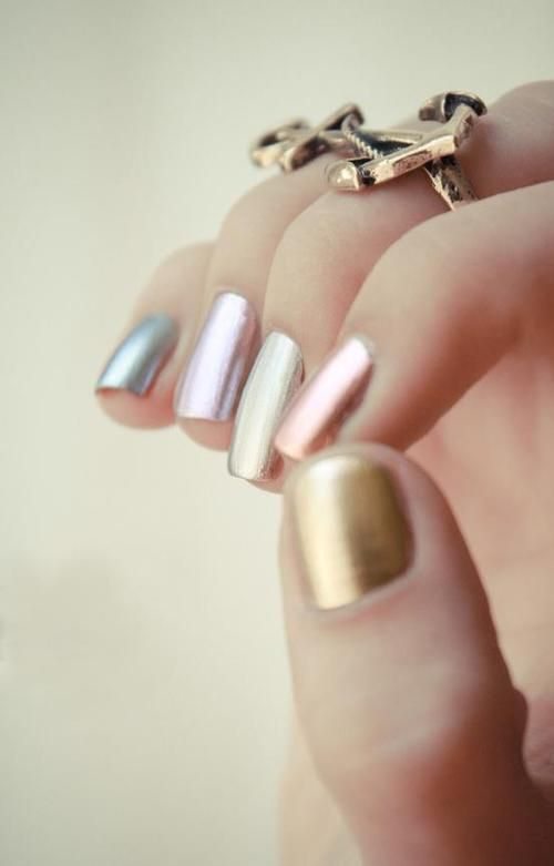 Pastel metallic nails