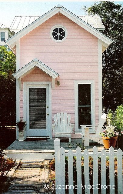 Tiny cottage in seaside. I could live next to the sea.
