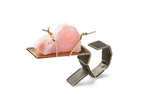 Annette Dam  Ring: More or Less 2013  Pink opal, gold 14k  Photo: Dorte Krogh