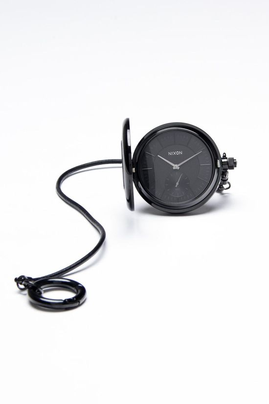 Nixon Highball Watch (modern pocket watch) repinned by www.BlickeDeeler.de