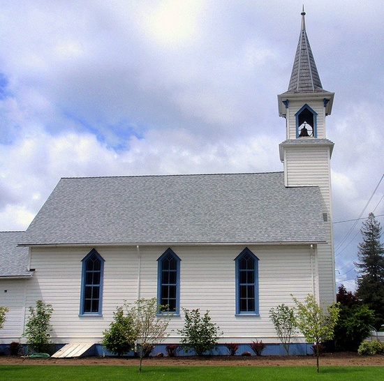 Charming old country church (Canby Evangelical) by eg2006, via Flickr  #church #chapel #old #historic #country #steeple #quaint #small #charming #canby #oregon #wood