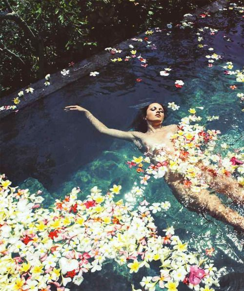 """""""Dream Island"""". Karmen Pedaru by Claudia Knoepfel and Stefan Indlekofer for Marie Claire Italy May 2008"""
