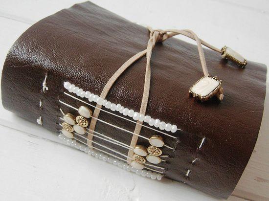 Handmade Journal by Jennibellie, blog jennibelliestudio...