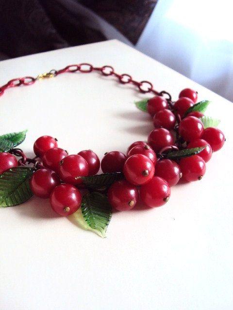 Vintage 40s Bakelite Cherry Necklace. primitivepincushion on Etsy.