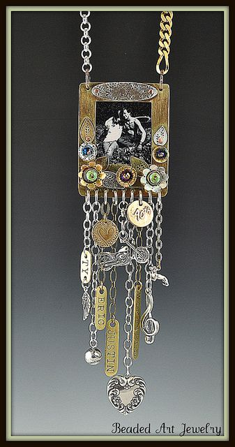 Lisa's Necklace 004 by Beaded Art Jewelry, via Flickr