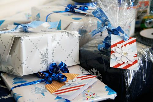 Gift wrap station and gift wrap ideas