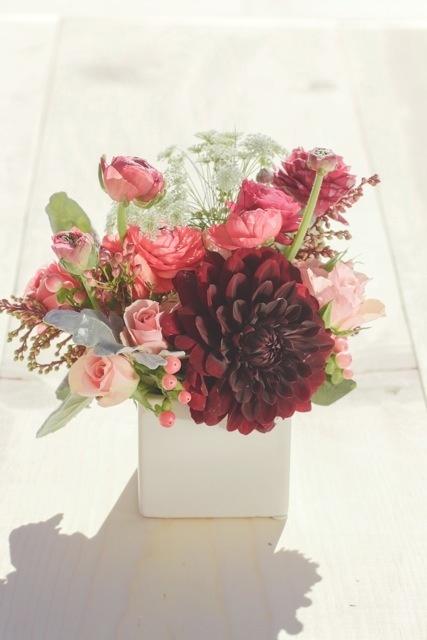 pretty valentine's day flower arragements