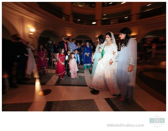 Oakland Rotunda Wedding - bride
