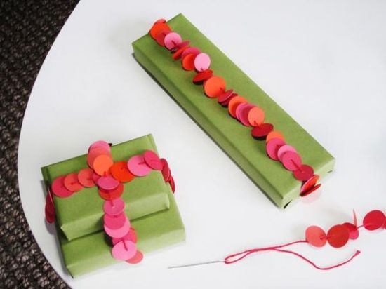 Eight Quick and Creative Gift Wrapping Ideas