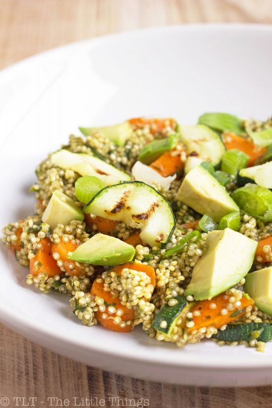 Asian Quinoa by thelittlethings: Yummy dressing made of mirin, fish sauce and scallions #Salad #Quinoa Asian #Healthy