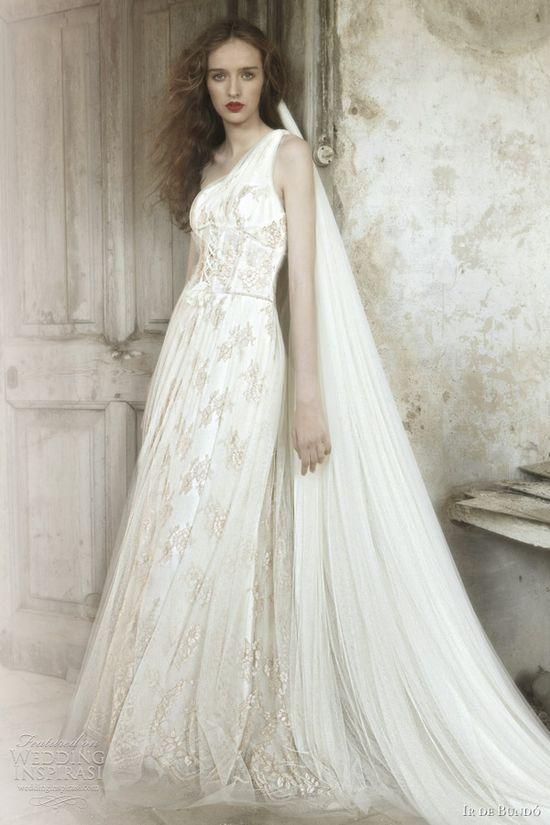 ir de bundo 2012 mirlo wedding dress
