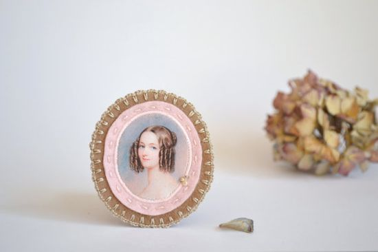 pale pink and camel felt brooch with lady portrait by redstitchlab, €20.00