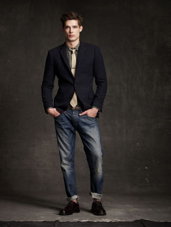 J.Crew - dark sport coat, olive shirt, light linen tie, tie bar, dark worn belt, rolled blue jeans, black lace ups